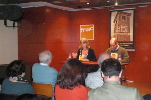17 DE FEBRERO 2012<BR>Presentación La Torre del Gallo en FNAC (Valencia)