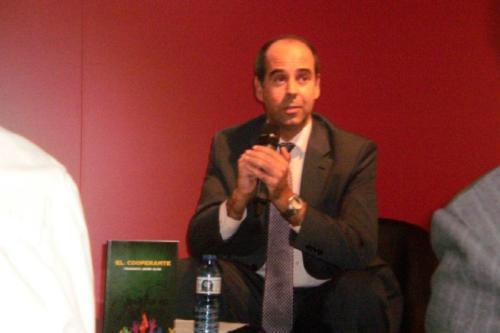 20 NOVIEMBRE 2012<BR>Presentación de El cooperante en FNAC Castellana (Madrid)